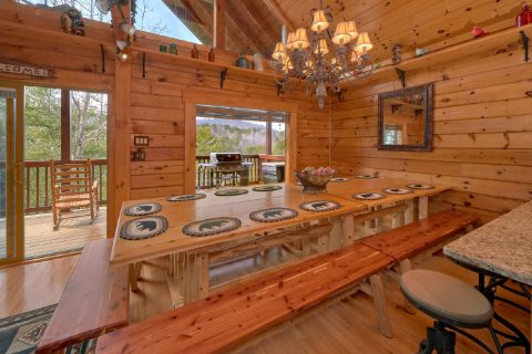 6 Bedroom Cabin Sleeps 14 in Arrowhead Resort - Arrowhead View Lodge