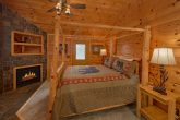 Master Suite 6 Bedroom Cabin Sleeps 14