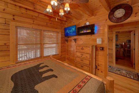 6 Bedroom All Bedrooms with Flat Screen TV's - Arrowhead View Lodge