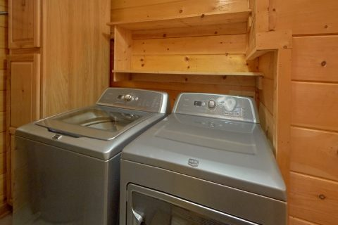 6 Bedroom with Laundry Room Full Wash & Dryer - Arrowhead View Lodge