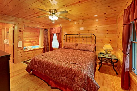 Cabin with Master Suite - At Trails End