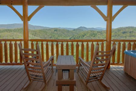 Honey Bear: 3 Bedroom Sevierville Cabin Rental