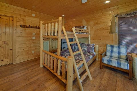 Bunk Beds 3 Bedroom Cabin - Aurora