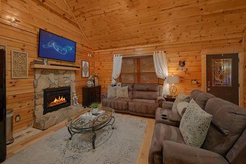 2 bedroom cabin with sleeper sofa - Autumn Breeze