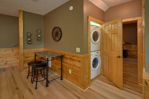 2 bedroom cabin with full size washer and dryer - Autumn Breeze
