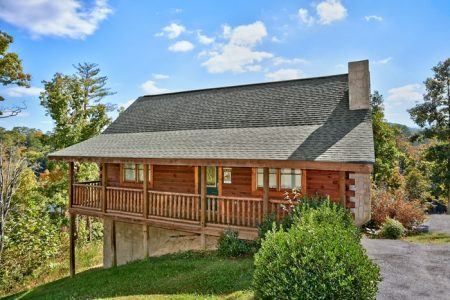 Heavenly Haven: 2 Bedroom Wears Valley Cabin Rental