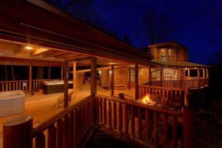 Elkhorn Lodge: 5 Bedroom Gatlinburg Cabin Rental