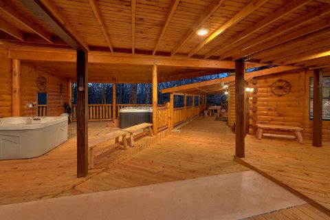 5 Bedroom Cabin with Large Deck and Two Hot Tubs - Bar Mountain