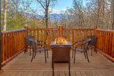 Large Cabin with Large Outdoor Area Fire Pit