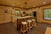 Spacious Cabin with Bar and Full Kitchen