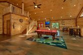 Private 5 Bedroom Cabin with Pool Table