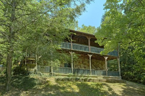Featured Property Photo - Bear Cove Escape