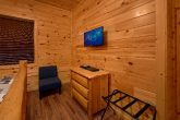 Pigeon Forge Luxury Cabin with 6 bedrooms