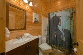 6 Bedroom cabin with private bathrooms