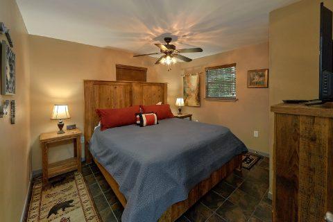 2 Main Floor Bedrooms 2 Bedroom Cabin Sleeps 6 - Bear Creek Hollow