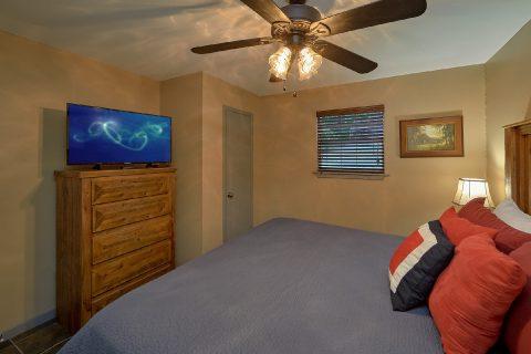 2 Main Floor Bedrooms Sleep 6 - Bear Creek Hollow