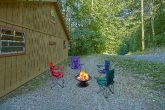 Fire Pit 2 Bedroom Cabin Sleeps 6