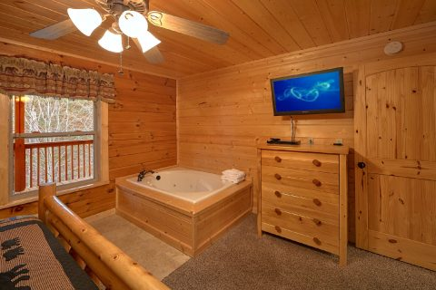 4 Bedroom Cabin with a Private Jacuzzi Tub - Bear Creek Lodge