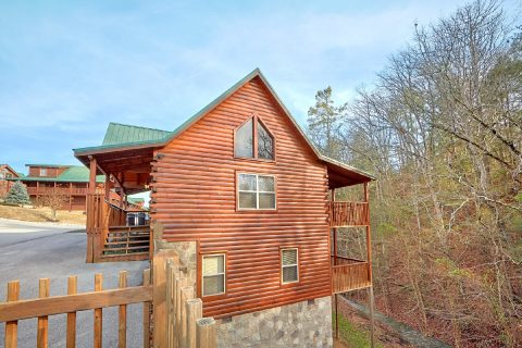 4 Bedroom Cabin in Blackberry Ridge Resort - Bear Creek Lodge