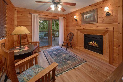 Gatlinburg 4 Bedroom Cabin Near Ski Lodge - Bear Crossing