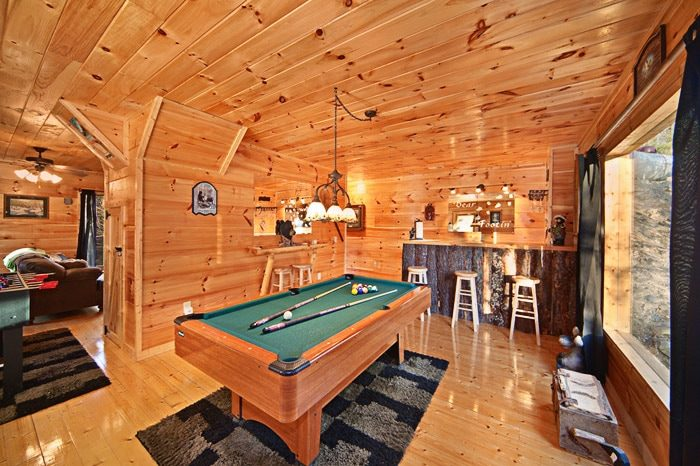 Gatlinburg Cabin with Game Room - Bear Footin In The Smokies
