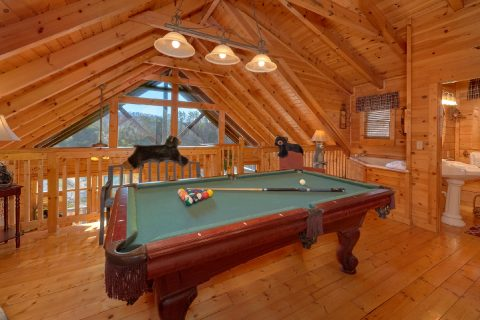 1 Bedroom Cabin with Pool Table - Bear Heaven