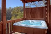 1 Bedroom Cabin with Private Hot Tub