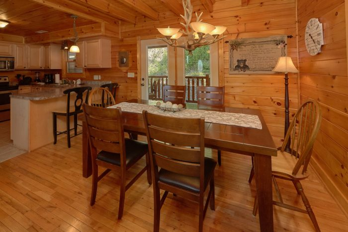 3 Bedrom cabin in Wears Valley with full Kitchen - Bear Mountain Lodge
