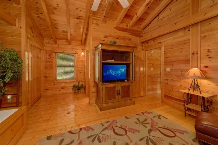 Premium Cabin with Spacious King Bedroom - Bear Mountain Lodge