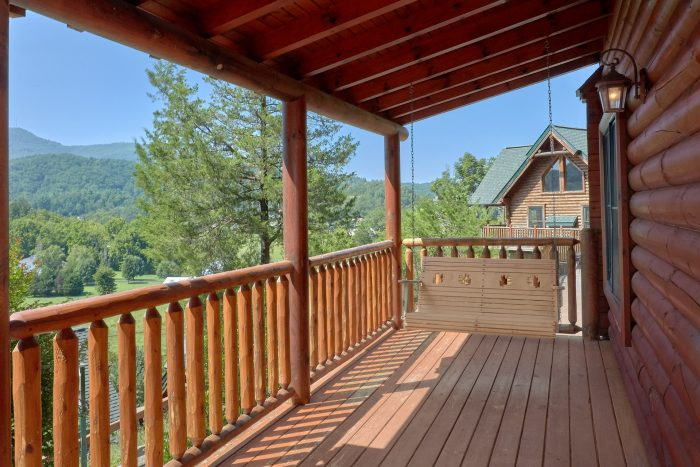 3 Bedroom with Mountain Views and porch swing - Bear Mountain Lodge