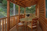 3 bedroom cabin with Hot Tub, Grill and Views
