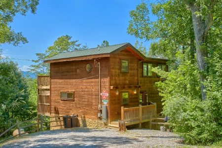 Campbells Cabin: 2 Bedroom Pigeon Forge Cabin Rental