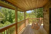 2 Bedroom Cabin with Large Covered Deck