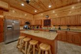 Luxurious 6 Bedroom 6 1/2 Bath cabin Sleeps 20