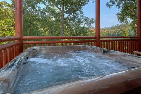 Private Hot Tub 6 Bedroom Sleeps 20 - Bear Paddle Lodge