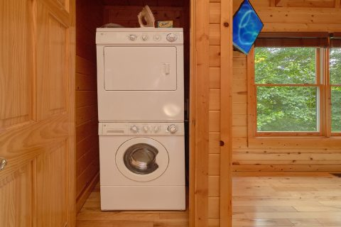 3 Bedroom Cabin with a Washer and Dryer - Bear Pause Cabin