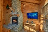 Gatlinburg cabin with fireplace in bedroom