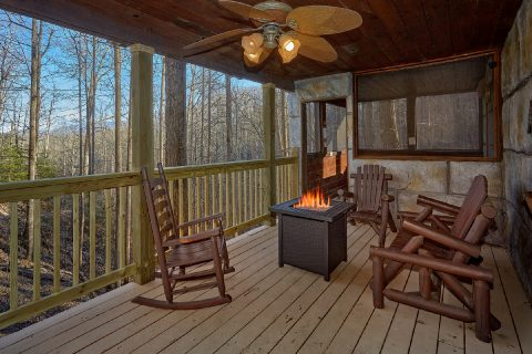 2 bedrom cabin with Fire Pit and Rocking Chairs - Bear Paw Bridge