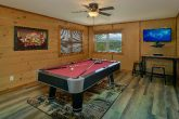 Smoky Mountain 4 Bedroom Cabin with Pool Table