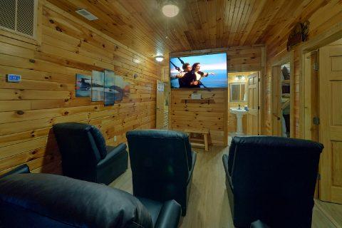 Gatlinburg 12 Bedroom Cabin with Theater Room - Bearadise Lodge
