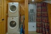 Full Size Washer and Dryer 12 Bedroom Cabin