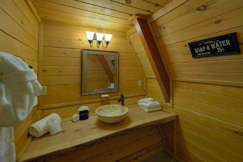 12 Bedroom 8.5 Bath Bearadise Lodge - Bearadise Lodge