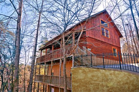 American Heritage: 4 Bedroom Gatlinburg Cabin Rental
