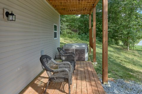 Covered Porch with Hot Tub and Chairs - Bearfoot Bungalow