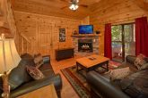 3 Bedroom Cabin Sleeps 9 in Pigeon Forge