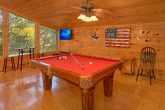 3 Bedroom Cabin Sleeps 9 with Pool Table