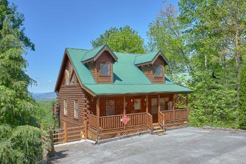 2 Bedroom 2 Bath 2 Story Cabin Sleeps 8 - Bearfoot Haven