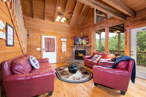 3 Bedroom Cabin Near Pigeon Forge and Gatlinburg - bearHAVEN