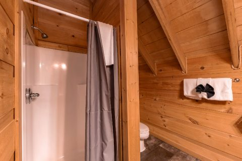 Loft Bathroom with Shower - bearHAVEN