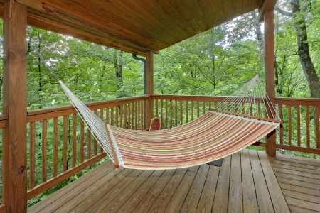 Southern Lights: 1 Bedroom Pigeon Forge Cabin Rental